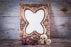Skull, roses and Vintage photo frame Royalty Free Stock Photos