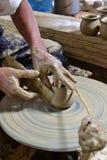Skulptör och krukmakeri. Royaltyfri Foto