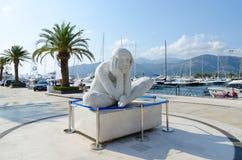 Skulptera i elitmarina Porto Montenegro i populär semesterortstad av Tivat, Montenegro Royaltyfri Fotografi