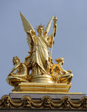Skulptera poesi på taket av operan Garnier Fotografering för Bildbyråer