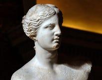 Skulptera Venus de Milo på Louvremuseet, Paris, Frankrike Arkivfoto