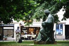 Skulptur-Allegorie der Wissenschaft Berlin stockbild