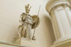 Skulptur av Athena i det Pushkin museet Arkivbild