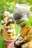 Skulptur av den buddistiska munken Royaltyfri Fotografi