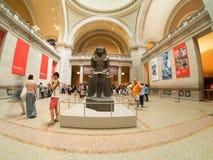Skulptur av en farao på som möts i New York Arkivbilder