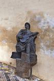 Skulptur av en tjeckisk sångfågel i Prague Arkivfoto