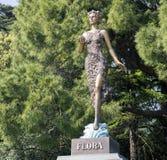Skulptur av flora i botaniska trädgården crimea fotografering för bildbyråer