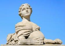 Skulptur av kvinnasfinxen Royaltyfria Foton