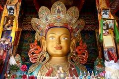 Skulptur av Maitreya buddha på den Thiksey kloster Fotografering för Bildbyråer