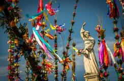 Skulptur av påsken för helgonSimons ` gömma i handflatan Arkivbilder