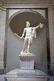 Skulptur av Perseus det hållande huvudet av Gorgon Medusa Arkivfoto