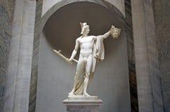 Skulptur av Perseus det hållande huvudet av Gorgon Medusa i Vatica Arkivfoton