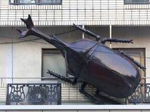 Skulptur av skalbaggen på gatan i Tokyo, Japan Arkivbilder