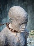 Skulptur av slavar i stenstaden, Zanzibar Royaltyfri Fotografi