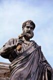 Skulptur av St Peter på Vaticanen Arkivfoton