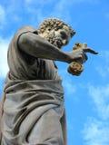 Skulptur av St Peter på Vaticanen Arkivbilder