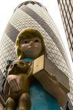 Skulptur in der Kunstinstallation 2015 Stadt-Damien Hirsts London betitelte Charit Lizenzfreies Stockfoto