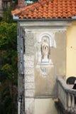 Skulptur in der Nische Lizenzfreies Stockfoto