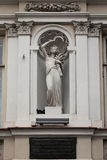 Skulptur in der Nische Lizenzfreie Stockfotografie