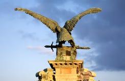 Skulptur des Adlers Stockfoto