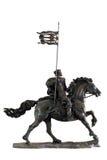 Skulptur des mittelalterlichen Soldaten auf einem Pferd Lizenzfreies Stockbild