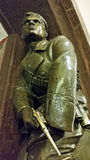 Skulptur des revolutionären Seemanns mit einem Revolver an der Station Stockfotografie