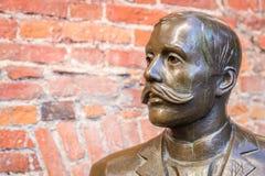 Skulptur Eduard Vilde royaltyfria bilder