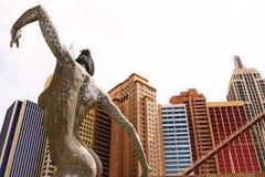 Skulptur einer Tanzenfrau Lizenzfreie Stockfotografie