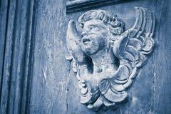 Skulptur eines hölzernen Engels - mehr als 100 Jahre alt - Bild wi Stockbild