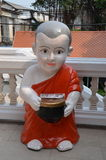 Skulptur för buddistisk munk Fotografering för Bildbyråer