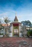 Skulptur för stenThailändsk-kines stil och thai konstarkitektur i den Wat Phra Chetupon Vimolmangklararm Wat Pho templet Arkivbilder
