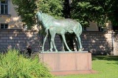 Skulptur för två hästar Royaltyfri Bild