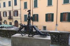 Skulptur i Castelnuovo Di Garfagnana, Italien arkivfoto