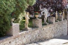 Skulptur i den Zsolnay mitten i Pecs Arkivbilder