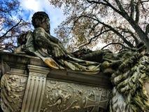 Skulptur i Duesseldorf Arkivfoton