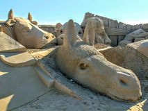 Skulptur i sanden arkivbild