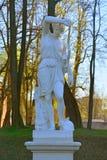 Skulptur i slottträdgård Gatchina St Petersburg, Ryssland Fotografering för Bildbyråer