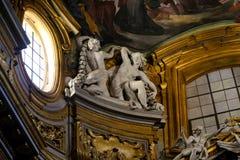 Skulptur innerhalb der Basilika des Heiligen Mary Major Lizenzfreies Stockfoto