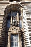Skulptur, London-County-Halle in Lambeth, Westminster, London, England Stockbilder