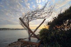 Skulptur vid havet - Windspiral VI vinden är din andedräkt Royaltyfria Foton