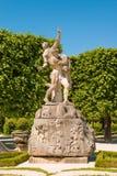 Skulptur von Hades Persephone in Marabellgarten Mirabe entführend stockfotografie