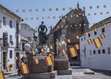 Skulptural helhet som är hängiven till tjurfäktaren Manolete som kallas `-Manuel Rodriguez `, Cordoba, Spanien arkivfoto