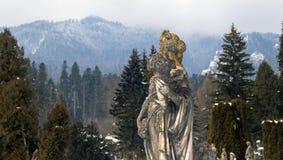 Skulptural sammansättning av det 19th århundradet i vintern Arkivbilder