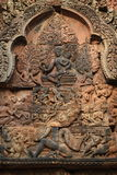 Skulpturen auf Tempel Banteay Srei, Angkor Wat Cambodia Lizenzfreie Stockbilder