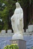 Skulpturen av den jungfruliga Maryen på domkyrkan av Nha Trang vietnam Royaltyfri Bild