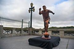 Skulpturen av fotbollstjärnan Lionel Messi royaltyfria foton