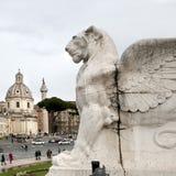 Skulpturen av lejonet är delen av altaret av hemland royaltyfri fotografi