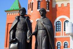 Skulpturen des Mannes und der Frau Lizenzfreie Stockbilder