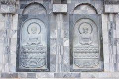 Skulpturen på tempelväggen i Thailand som öppnar för allmänhet Arkivbild