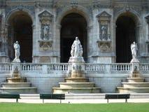 Skulpturen am Tempel Lizenzfreies Stockfoto